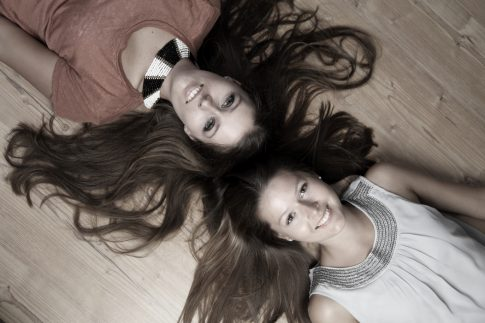 Schwestern halten zusammen